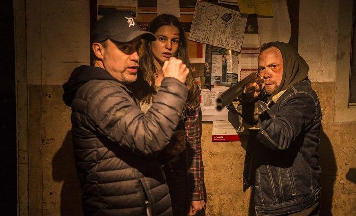 Filmcraziest Interviews – Padraig Reynolds for OPEN 24 HOURS and DARKLIGHT
